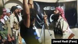 """Сцена из фильма Аббаса Рафеи о боевиках """"Исламского государства"""""""