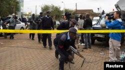 Трговскиот центар во Кенија нападнат од Ал Шабааб.