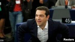 Премьер-министр Греции Алексис Ципрас в Европарламенте (Страсбург, 8 июля 2015 года)