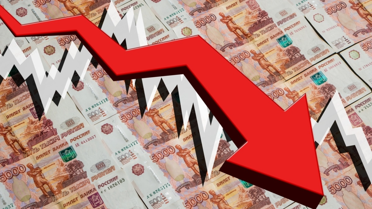 В России на фоне обвала котировок нефти рубль упал