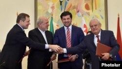Yerevanda memorandum imzalandi.