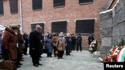 Освенцимдеги эскерүү