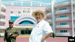 Հյուսիսային Կորեայի առաջնորդ Կիմ Չեն Ին, արխիվ