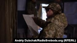 Учасниця бойових дій на виборчій дільниці біля Станиці Луганської, 31 березня 2019 року