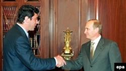 Борис Немцов и Владимир Путин – архивное фото 2004 года
