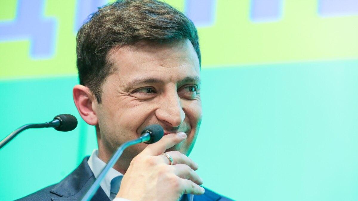 Штаб Зеленского – Януковичу: «Обойдемся без ваших поздравлений»