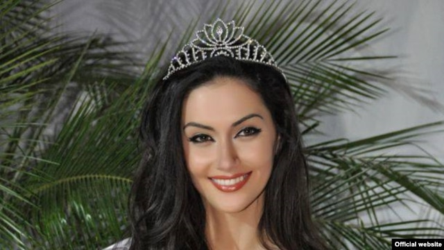 Miss Kosovo Antigona Sejdiu