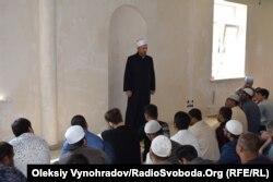 Совместная молитва в строящемся мусульманском центре Северодонецка