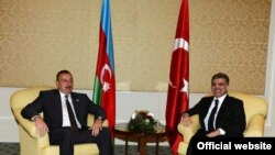 Czech Republic -- Presidents Ilham Aliyev of Azerbaijan and Abdullah Gul of Turkey meet in Prague, 07May2009
