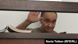 Гражданский активист Макс Бокаев на суде по рассмотрению меры пресечения. Атырау, 3 июня 2016 года.