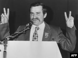 Лех Валенса в часи коли був лідером профспілки «Солідарність»
