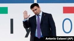 უკრაინის საგარეო საქმეთა მინისტრი პავლო კლიმკინი მილანში, ეუთოს შეხვედრაზე ჩასვლისას
