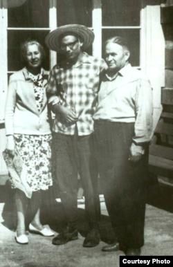 Mariya Vladimirovna, Yuriy ve Bekir Osmanovlar