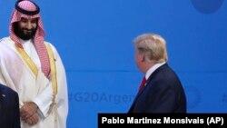 Donald Trump (sağda) və Mohammed bin Salman, Böyük 20-liyin sammiti