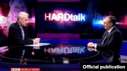 Министр иностранных дел Армении Зограб Мнацаканян дает интервью программе BBC HardTalk