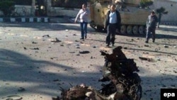 Предыдущее нападение смертника на армейский пост на Синае произошло 24 ноября 2015 года. На снимке – место взрыва.