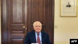 Претседателот на Грција Каролос Папуљас