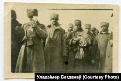 Расейскія салдаты, якія трапілі ў палон падчас наступу пад Паставамі 26 сакавіка 1916 году