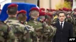 Похороны французских солдат в городе Монтобан