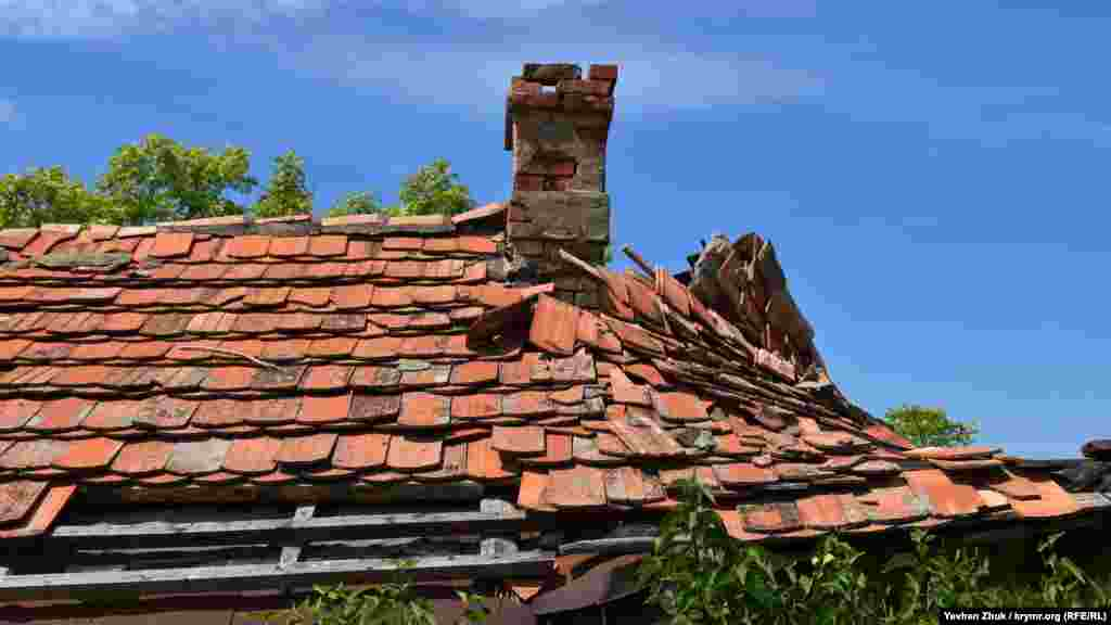 Этот домик под живописной черепичной крышей уже не жилой