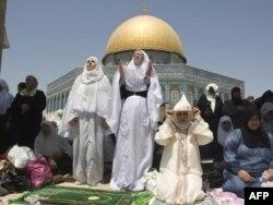 Палестина - Палестинахой бу Аль-Акхса маьждигана арахьа мархийн баттахь ламазаш деш, 20Мар2010