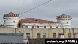 СІЗА на вуліцы Валадарскага ў Менску