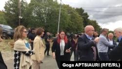 Участники конференции побывали в районе села Одзиси и ознакомились с ситуацией на месте