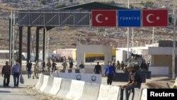 Siri - Vendkalimi kufitar ndërmjet të Sirisë dhe Turqisë në Bab al-Hawa (Ilustrim)
