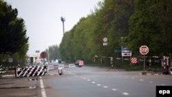 Пропускний пункт на межі між Молдовою і її сепаратистським регіоном Придністров'ям