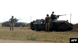 Турция - Подразделения турецкой армии дислоцируются на границе с Сирией, 7 октбяря 2012 г.