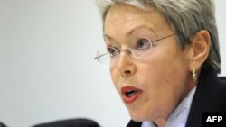 Глава миссии Бюро по демократическим институтам и правам человека ОБСЕ Хайди Тальявини на пресс-конференции в Москве, 26 декабря 2012 года.