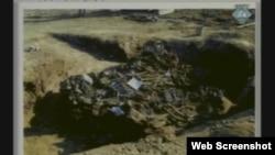 Snimka sa mjesta ekshumacije žrtava prikazana na suđenju Hadžiću
