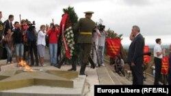 Dmitri Rogozin la memorialul de la Chiţcani