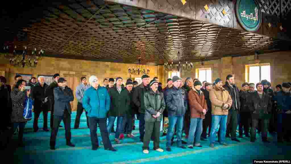 Активісти стверджують, що готові їхати до Москви, щоб захистити свої будинки. Там вони мають намір виставити плакати перед будівлею Кремля
