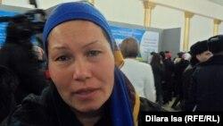 Халила Абдуғаниева, жұмыс іздеуші. Шымкент, 24 қараша 2015 жыл