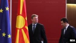 Средба на премиерот Никола Груевски и комесарот за проширување и соседска политика на ЕУ, Штефан Филе, 2012
