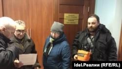 Ветераны завода пришли в приемную председателя Пермского краевогосовета профсоюзов Сергея Булдашова