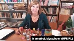 Елена Куканбаева