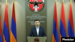 Armenia - Eduard Sharmazanov, spokesman for the ruling Republican Party, at a news conference in Yerevan, 14May2017.