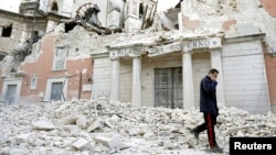 At least 300 people died in an earthquake in the Italian town of L'Aquila in 2009.