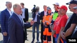 Президент России Владимир Путин на открытии нового участка трассы «Таврида», Крым, 27 августа 2020 года