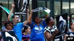 Pamje nga protesta në Çikago