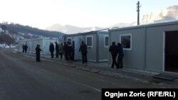 Një nga pikat kufitare nës mes të Kosovës dhe Serbisë, Jarinje