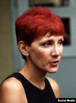Evgenya Debrianskaya, keçmiş siyasi fəal