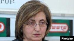 Ալվինա Գյուլումյան
