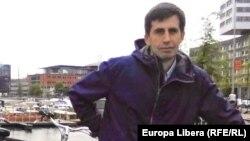 Iulian Ciocan în țara morilor de vînt