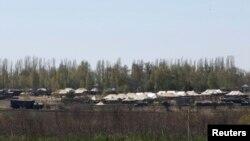 Rusiya hərbi birləşmələri Ukrayna sərhədində, 25 aprel 2014