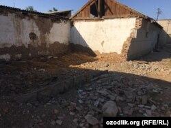 В селе «Байткурган» массово сносят старые дома.