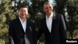 """Барак Обама и Си Цзиньпин на ранчо """"Мираж"""" в Калифорнии. США, 7 июня 2013 года."""