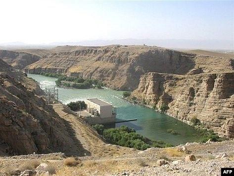مقامات افغان: ایران جهت جلوگیری از اعمار بندهای برق، طالبان را حمایت میکند